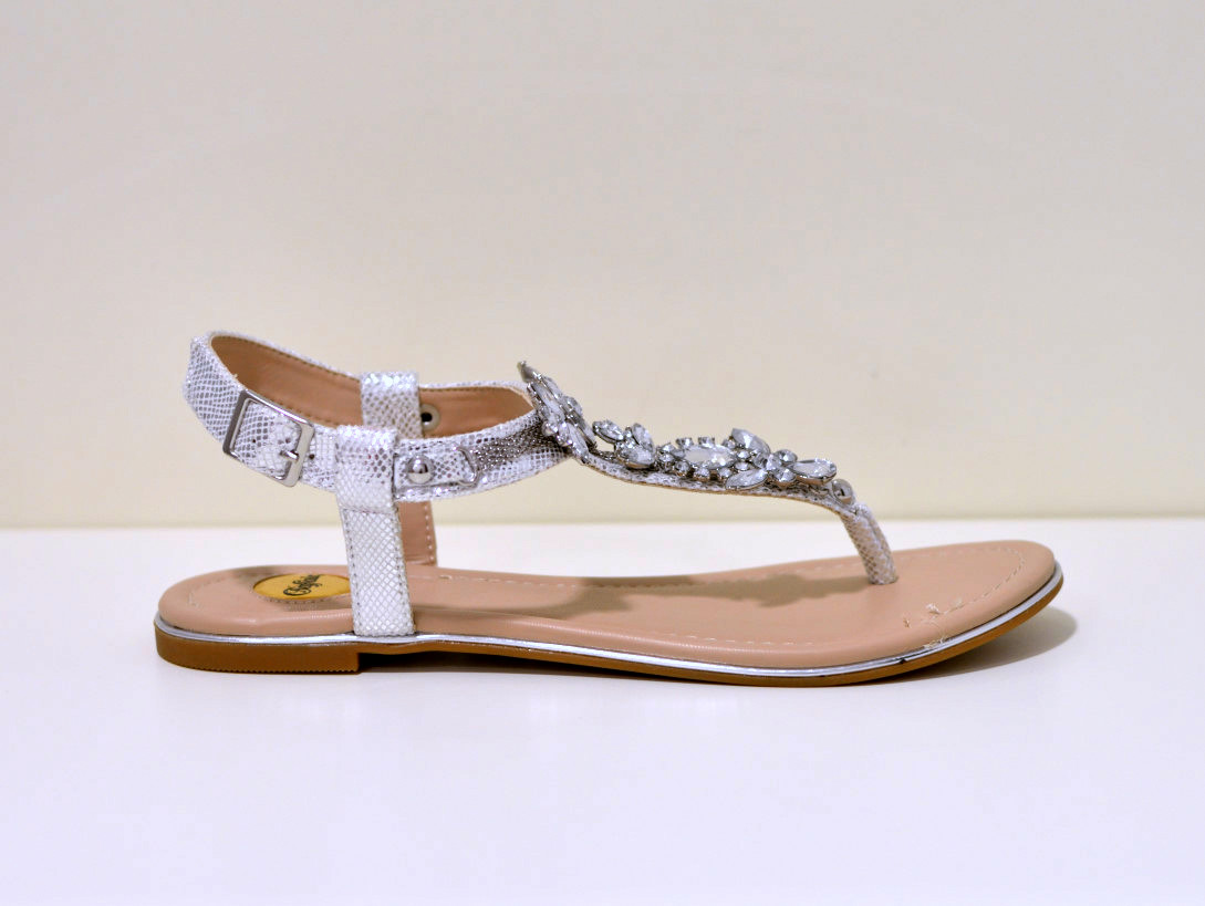 Buffalo Rimchensandale Sandale mit grpßen Steienen