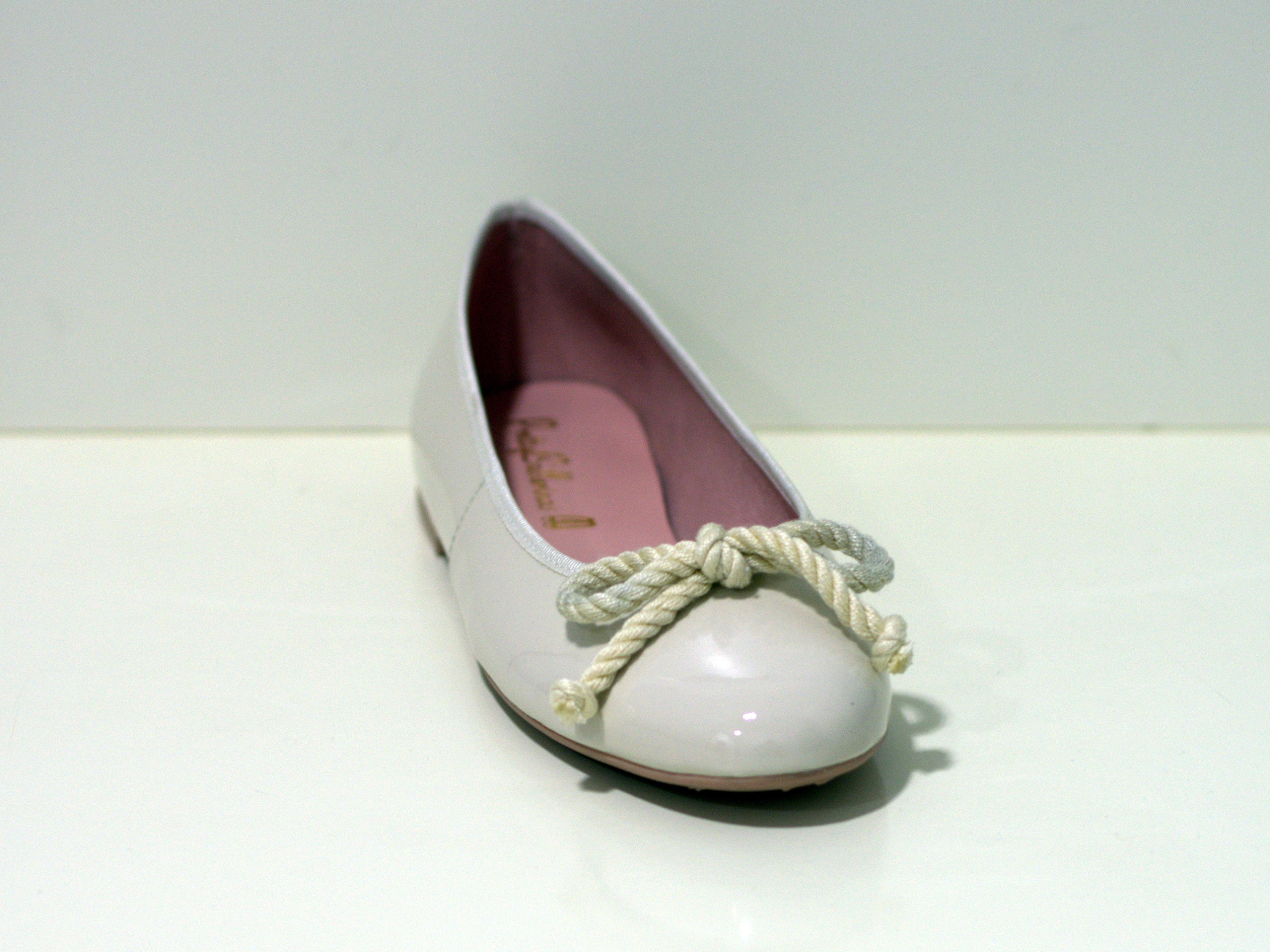 Pretty Ballerinas Nicole - Klassischer Ballerina Shade of White