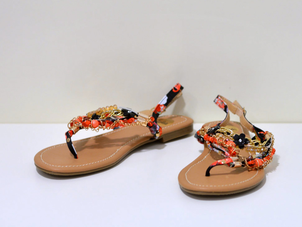 Buffalo Rimchen Sandale mit Strassapplikation