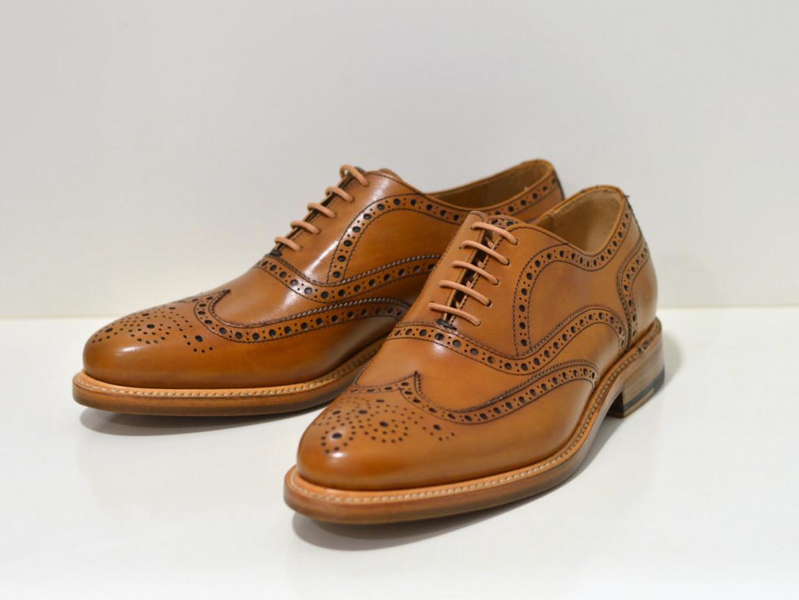 Berwick Rahmengenähter Oxford  cognac Schuh in Budapester Style